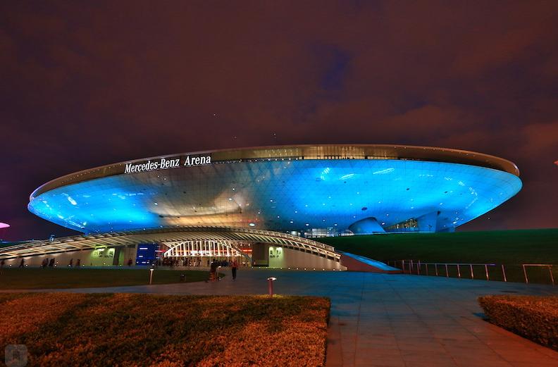 Mercedes Benz Arena в Шанхае